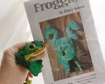 Froggie -- Toy Beanbag Frog -- Sewing Pattern
