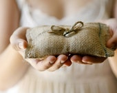 Burlap ring bearer pillow, Rustic wedding pillow, woodland decor, pageboy accessory
