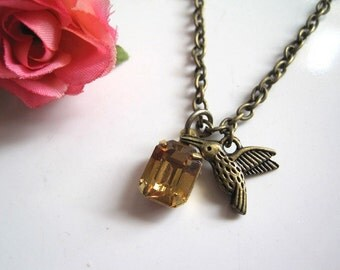 Vintage Inspired Spring Sweet Honey Vintage glass and 3D Antiqued Bronze Humming Bird Petite Necklace