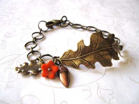 Oak leaf bracelet, vintage style, acorn charm - nature jewelry
