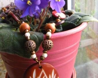 Wood Leaf Pendant Necklace