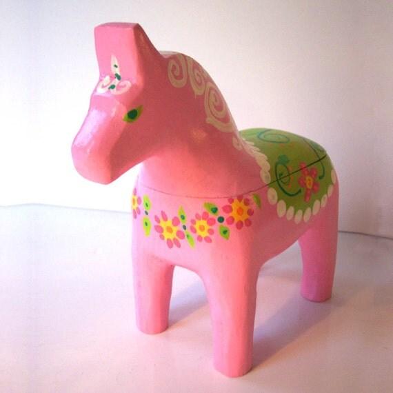 Swedish Dala Horse Box Pink