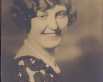 Flapper Era MARCEL WAVES Lady - Photograph 1920s