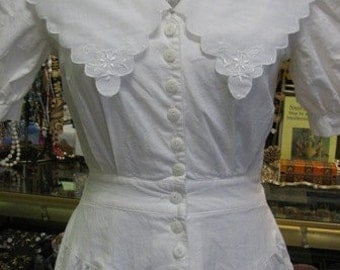 Vintage 1980's White Dress, Ladies Clothing Victorian style Shabby Chic, Spring Time, Bridal  Afternoon Tea, Dress, Size 7, Made in USA