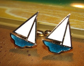 Vintage 1970's Jewelry Men's Sailboat Cuff Links, Blue & White retro 70's Yacht Sailor fashion Naval design Nautical style sailboats 54i