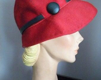 Vintage 60's Red Wool Cloche Hat