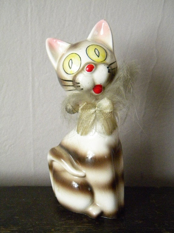 Vintage Cat 1930's Big Eyed Tabby