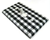 Black and White Houndstooth Light Switch Cover Switchplate Switch Plate Hounds Tooth Print Pattern Home Decor