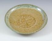 """Stoneware garlic rubbing serving dish, grater,oil dipping bowl, 6 3/4 """" daim."""