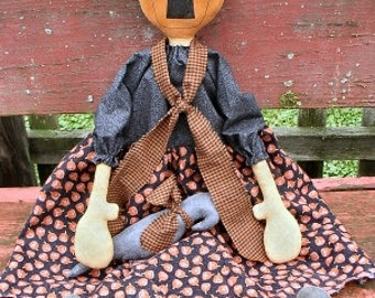 Ms Squash EPATTERN -primitive halloween pumpkin head crow cloth doll craft digital download sewing pattern- PDF - 1.99