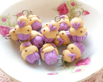 4 Mini Cupcakes Charms - Minicup14