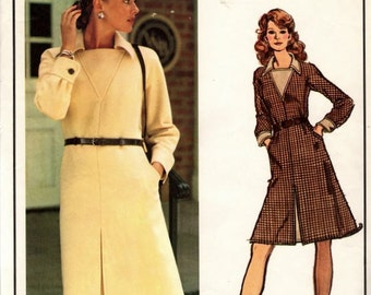 Vintage Vogue Paris Original 2800 1970s Nina Ricci  A line Dress Sewing Pattern  Size 12 Bust 34 Original Label
