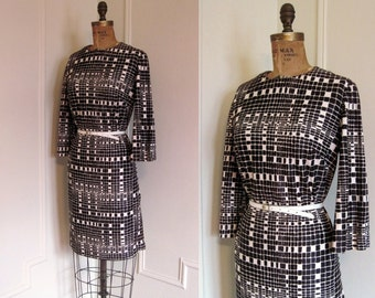 Vintage 60s BLOCK OPTIC Brown and White Mod Dress - size medium to large