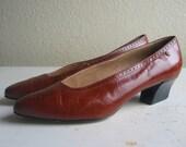 vintage shoes / etienne aigner pumps /  7M