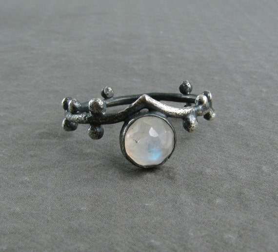 Moonstone Ring with Oxidized Sterling Silver - Rainbow Moonstone - Moon ring - Twig Ring - Sprouting Ring - Woodland Jewelry