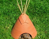 Terracotta Tipi Garden Toad and Frog House