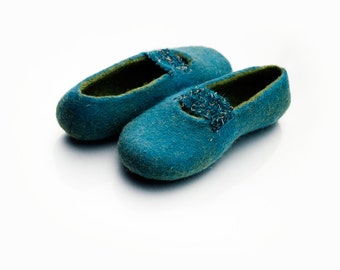 Felted wool slippers Teal Olive Slip ons slippers with elastic lace