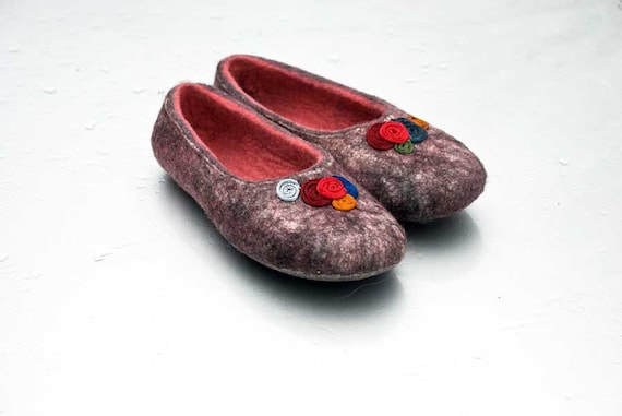 Felt shoes slippers Wool house shoes Gray Black Purple Pink slippers Natural boiled wool shoes