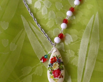 Vibrant Vintage Garden Pendant Necklace