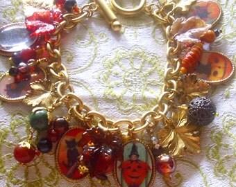 Leafy Halloween Chunky Toggle Charm Bracelet