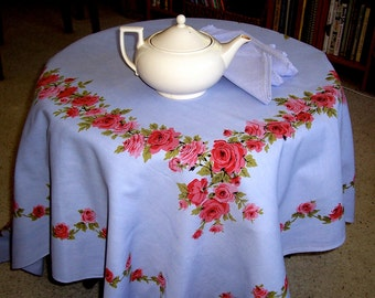 Vintage Mid Century Tablecloth 50s Roses in Lavender 54 x 62