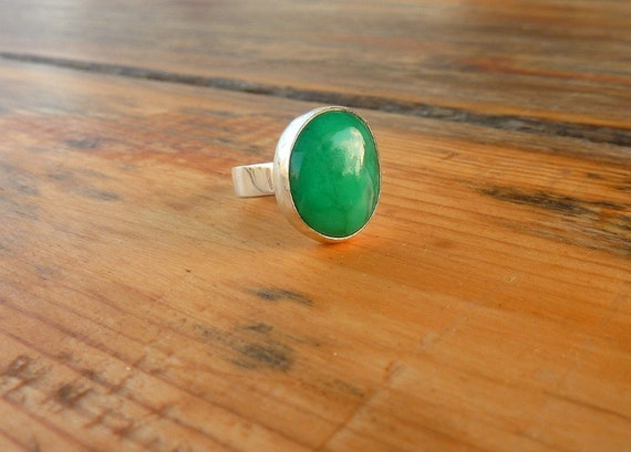 BLACK FRIDAY SALE, Australian Chrysoprase ring, Gemstone Ring, Cocktail ring, sterling silver ring, Statement ring
