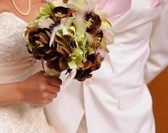 SWEETIE PIE Wedding Bouquet and Boutonniere With Feathers