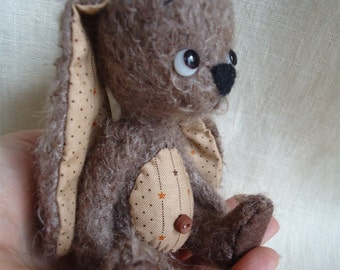 Rae E pattern of a 5 inch 4 way jointed stick-bunny with cotton ears and tummie