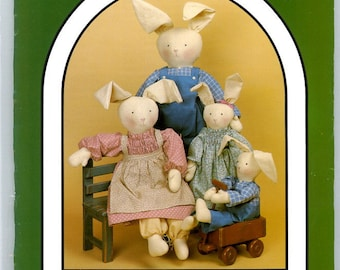 Dream Spinners No. 120 Country Clover Stuffed Bunny Rabbit Family and Clothes Three Sizes UNCUT