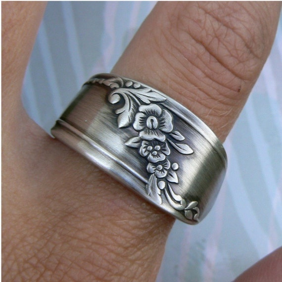 Antique Spoon Ring, Silver Pattern: Queen Bess 2