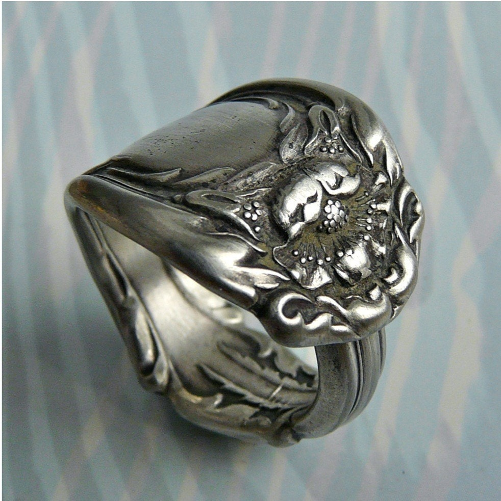 spoon ring antique silver pattern hanover only 1 by revisions
