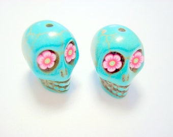 Turquoise Howlite 18mm Sugar Skull Beads with Pink Daisy Eyes
