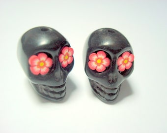 Red and Yellow Flower Eyes Day of The Dead Sugar Skull 18mm Beads