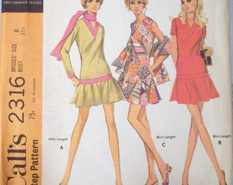 Vintage 70s Sewing Pattern, Misses Dress in Three Versions and Scarf - Size 8-