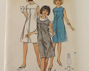 Vintage 60s Sewing Pattern, Ladies Dress or Jumper and Blouse, Size 13, bust 33