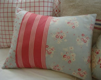 French Cottage/CaBBaGe RoSeS/Blue/FrenCH Red PiLLow/Stripe/CoTTaGE SHABBy CHiC/Decorative Pillow/ Beach Decor/Throw Pillow