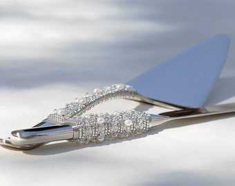 Swarovski Cake Server And Knife Cutter Set Classic Beaded Crystal And Fresh Water Pearls Unique Wedding Table Settings Bridal Shower Idea