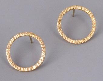 Open Circle Earrings, Circle Stud Earrings, Gold Stud Earrings, Karma Post Earrings, Minimal Earrings, Delicate Earrings, Large Stud Earring