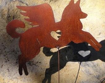 Rusty Finish Siberian Husky Dog Angel Memorial Garden Art Stake