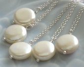 Bridesmaid Gift Set of Coin Pearl Necklaces White Pearl Drops Simple Modern Pearl Jewelry Pearl Drop Necklace Coin Pearl Necklaces Brides
