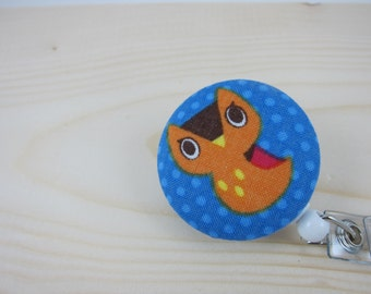 Badge Reel Lanyard ID Badge Holder (Clip On, Retractable) - Owl on Blue