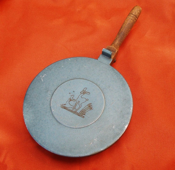 Vintage Crumbcatcher or Bedwarmer, with Two Little Deer, Slate Blue