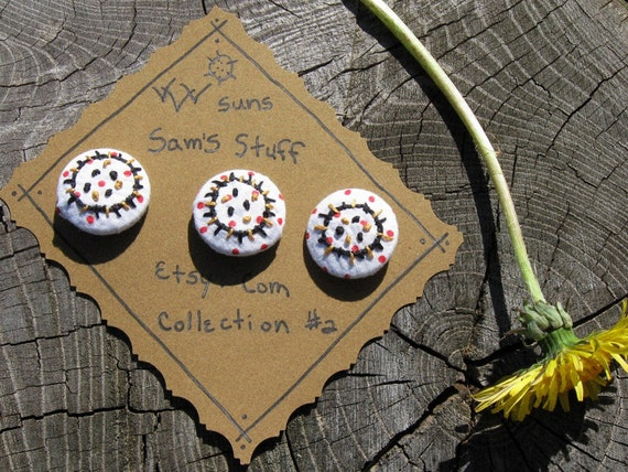 """BUTTONS HANDMADE EMBROIDERED by Hand Set of three """"You Are My Sunshine"""""""