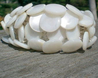 Vintage ButtonJewelry, Upcycled Jewelry, Repurposed Jewelry, White Shell Bracelet; Crocheted Bracelet; Handmade Bracelet; Unique Bracelet