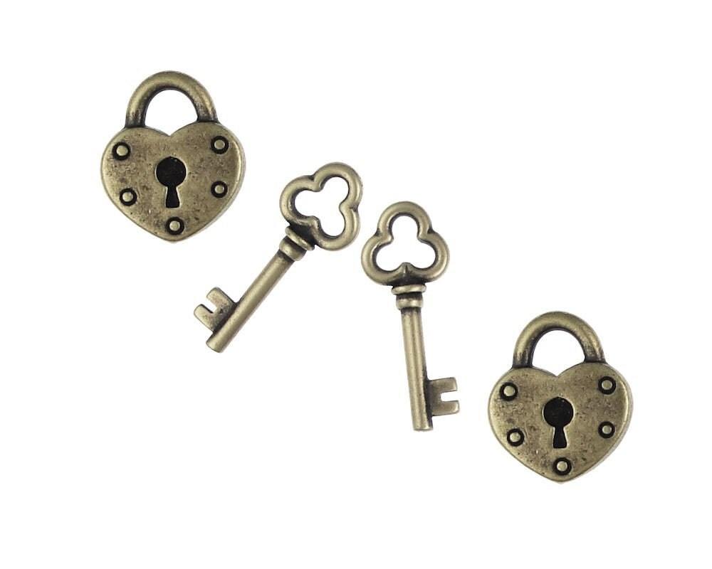 4 piece set tierracast heart lock and key charm vintage. Black Bedroom Furniture Sets. Home Design Ideas