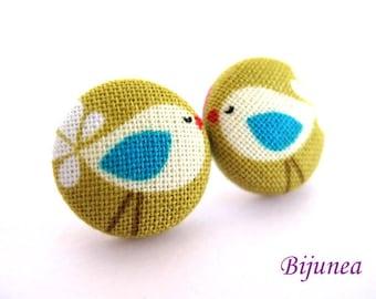 Animal Bird earrings - Green bird earrings - Bird studs - Bird stud earrings - Bird posts - Animal Bird post earrings sf535