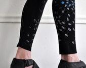 Swirling Leaves Screen Printed Leggings in Black