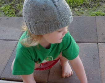 toddler hat -grey - size 2 - 4 hand knit