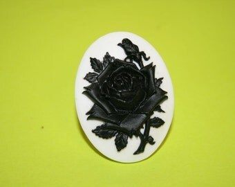 Large Black Rose Cameo Ring