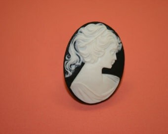Large Black Victorian Lady Cameo Ring